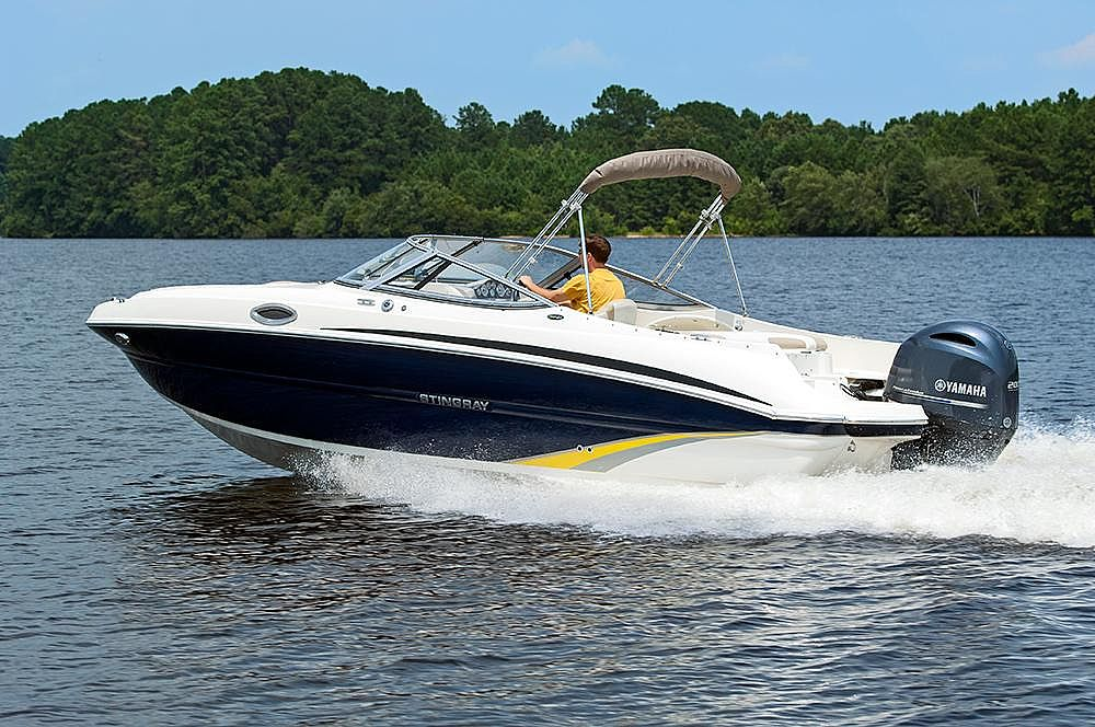 Stingray 234 LR (OB) SPORT DECK2019 for sale call for a price
