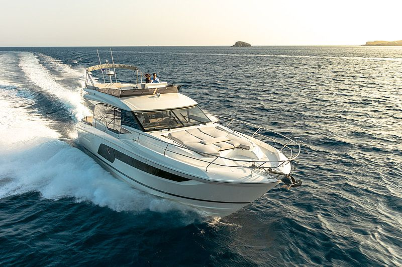 Jeanneau PRESTIGE 590 FLYBRIDGE2020 for sale call for a price