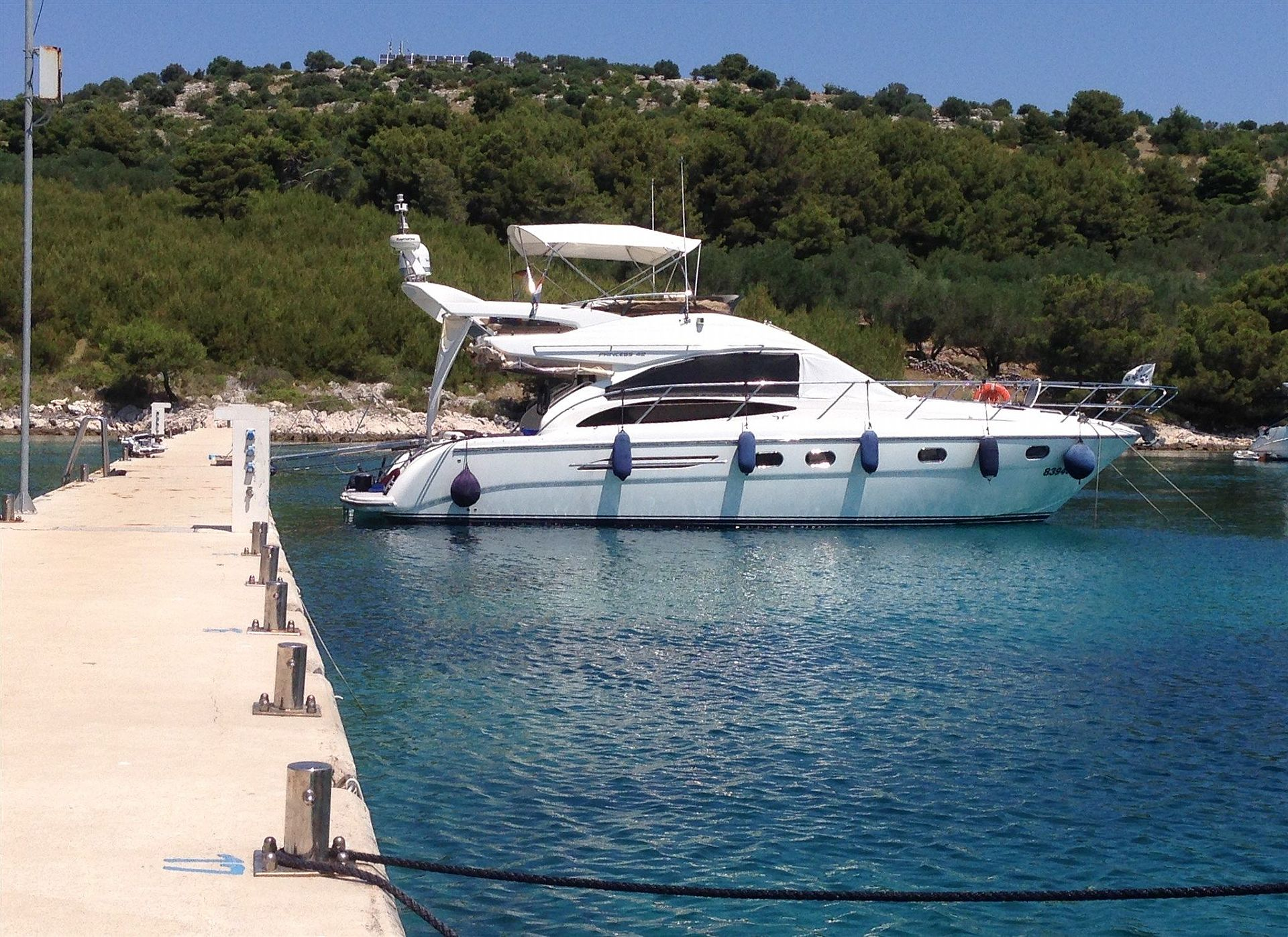 Marine Project PRINCESS 42 FLY2004 for sale: 228000.-EUR